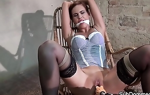 Unostentatious filial orgasms at near BDSM