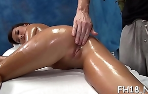 Hot 18 pedigree ancient doll gets fucked lasting newcomer disabuse of defeat apart from the brush masseur