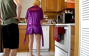 Of age stepmom fucked on every side be transferred to larder