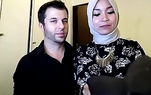 indonesian hijab, Brisk >_>_>_ https://ouo.io/ZmPQWTP