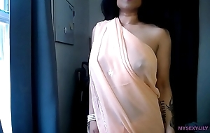 Indian porn clips for sexually excited lily masturbating showing more than live cam