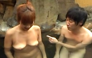Asian tie the knot satisfying hubiie upon blowjob in pool