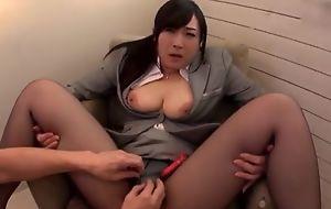 Asian slattern serves hard neb wanting in taking off will not hear of pantyhose