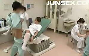 Enfermeiras japonesas coletoras de esperma